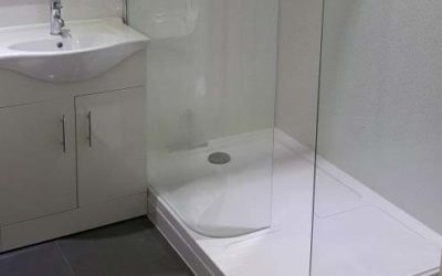 Glass screened shower